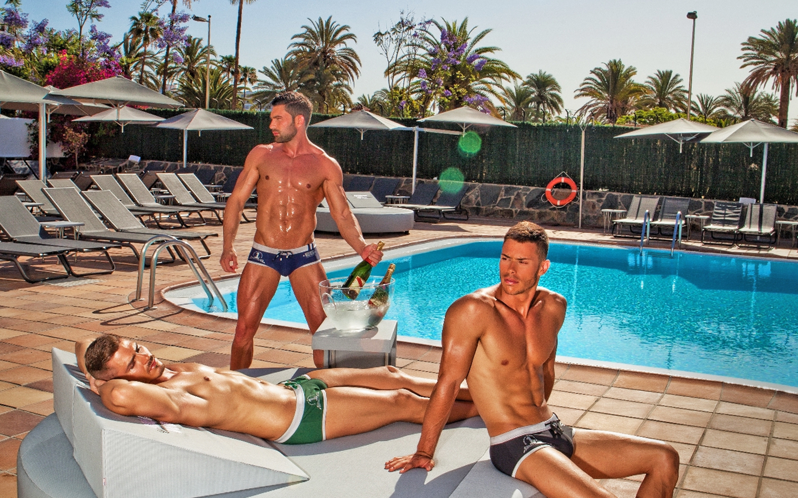 Gay las vegas the best gay hotels, bars, clubs more