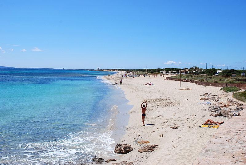 playas gay ibiza es cavallet